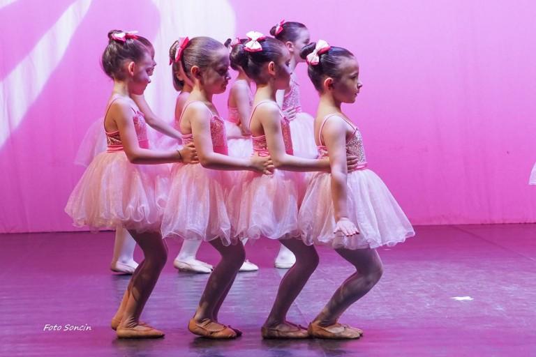 Spettacolo di danza propedeutica