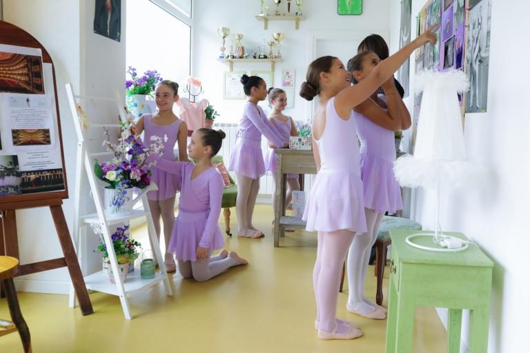Sala d accoglienza della scuola di danza CentroDanzaMillennium