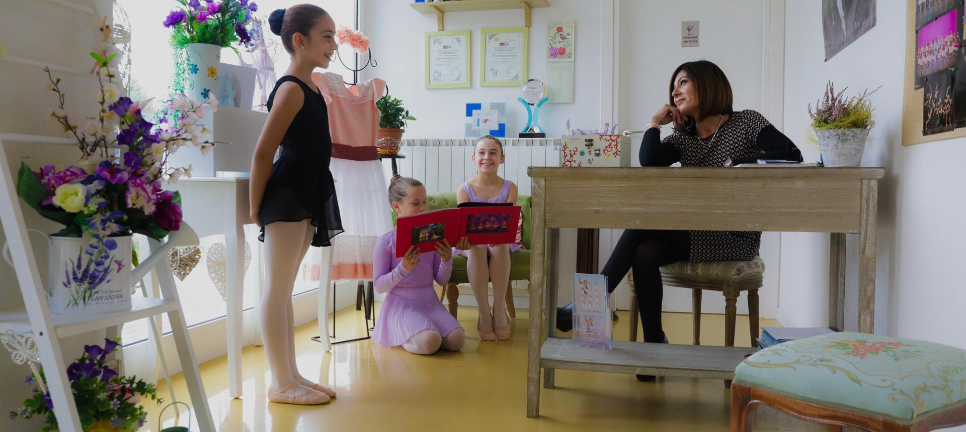 Sala accoglienza della scuola di danza